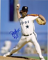 DOUG JONES SIGNED 8X10 ASTROS PHOTO