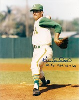 KEN SANDERS SIGNED 8X10 ATHLETICS PHOTO